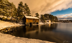 Winter.. (©jforberg) Tags: 2017 ålesund norway noregia norwegian norwegen norge nature old house snow trees cloudy color cloud canon canon5d