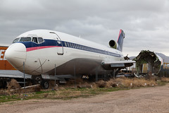 Boeing 727-200 Delta Airlines N518DA cn 21469/1398 (Guillaume Besnard Aviation Photography) Tags: victorville kvcv vcv boneyard aircraftboneyard airplaneboneyard plane planespotting canoneos tamron aircraftscrapping airplanescrapping boeing727200 deltaairlines n518da cn214691398 boeing727 towerair boeing747 towerairboeing747