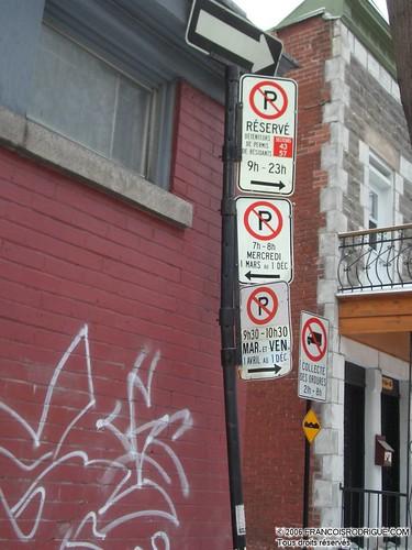Affiches de stationnement sur le plateau