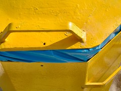 Dscf0124 (Pieter Musterd) Tags: beach yellow strand handle geel kijkduin handvat pieter007