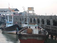 Ferry Wharf 017 (Sanjay Shetty) Tags: ferry wharf bhaucha dhakka