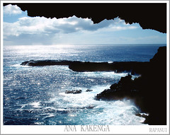 RAPANUI + ana kakenga cave + the other window (Hugo Provoste) Tags: sea sky clouds mar view pascua cielo cave easterisland rapanui cueva isladepascua nuves bestof2006 ph135
