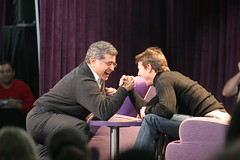 Tom and Terry armwrestle (mhedstrom) Tags: yahoo tomcruise ytomcruise