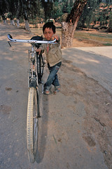 big bike, southern yunnan, china (AsianInsights) Tags: china travel asia tradition yunnan tribe tonghai malipo miyao romanachapman gettyimagessoutheastasiaq1