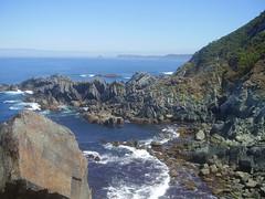 CUIDEIRU. Cudillero / Cudillero. Cliffs / Acantilados (MoniPeni) Tags: espaa spain aug05 asturias cudillero ago05