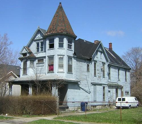 194 East Utica - Buffalo, NY 4/2006