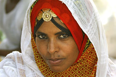 Keren woman Eritrea (Eric Lafforgue) Tags: africa woman girl face female canon women femme tribal canoneos20d jewels fille pilgrim jewel keren eritrea theface eastafrica aoi eritreo erytrea lafforgue eritreia  ericlafforgue lafforguemaccom mytripsmypics ertra ericlafforgue    eritre   rythre eritreja eritria africaorientaleitaliana    eritre eritrja  eritreya  erythraa erytreja