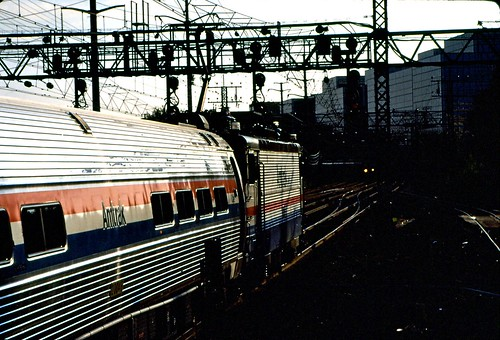 railroad electric train dark interesting flickr track 6ws engine ct rail railway explore amtrak locomotive stamford 1994 nec motivational catenary mobili nhrr mobilus mobilusinmobili mobilisinmobili