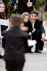 """You can do it!"" (Ryan Brenizer) Tags: nyc newyorkcity wedding newyork man love smile brooklyn work fuji child emotion bokeh candid father 2006 finepixs2pro noflash depthoffield april unposed brooklynbotanicalgardens 70200mmf28gvr"
