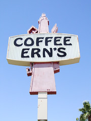 Coffee Ern's (Curtis Gregory Perry) Tags: old light arizona signs classic luz glass coffee sign night vintage restaurant licht colorful neon glow bright antique lumire tube tubes az ne retro signage glowing dying luce parker muestra important signe sinal neons  zeichen  non segno      teken  erns     glowed    neonic