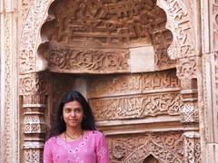 Qutub Minar (akraj) Tags: india delhi amu newdelhi qutubminar amudha indiatrip2006