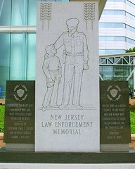 New Jersey Law Enforcement Memorial (Gene O'Neill) Tags: newjersey memorial nj cop lawenforcement mercercounty trenton florio lodd richardjhughesjusticecomplex geneoneill