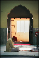 A person prays in silence (Vivek M.) Tags: india bangalore sikh gurdwara punjab ethnic sikhism khalsa