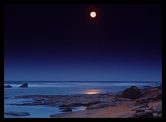 """Moon Seascape"" Queensland (Wirraway) Tags: ocean longexposure sea seascape landscape coast twilight lowlight bravo nightshot australia cybershot qld queensland coastline bluehour moonscape sunshinecoast sonycybershot caloundra f707 sonydscf707 nightimage dscf707 gnd sonyf707 spectnight sonycybershotdscf707 exploretop20 commentsbest abigfave superaplus aplusphoto"