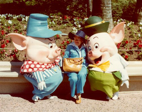 Three Pigs ~ Disneyland 1978