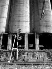 stop (rakelilla/robin) Tags: train tren industrial asturias asturies laviana