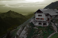 Bad Kissinger Htte (WeatherMaker) Tags: sunset mountains austria evening tirol cabin hiking valley sunsetlight postprocessing alpenverein vilsergruppe badkissinger