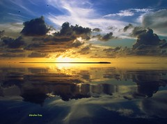 Really magical symmetry end of day sunset (Ibrahim Firaq) Tags: sunset sea sky birds clouds islands bravo flickr quality symmetry ibrahim maldives addu hithadhoo magicdonkey outstandingshots firaq specsky abigfave outstandingshot p1f1