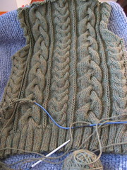 VK cable sweater back
