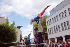 Flustcke015 - -_MG_8667 (thomesy) Tags: deutschland europa kunst tanz nordrheinwestfalen mnster mnsterland stadtbcherei deugermany nrwnordrheinwestfalen srasenkunst flurstcke015 chelyabinskcontemporarydancetheater miniaturesformuenster
