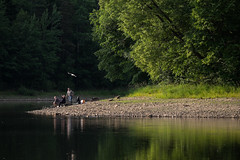 De Kwisa (Bram Meijer) Tags: vissen avondlicht rivier zlotypotok