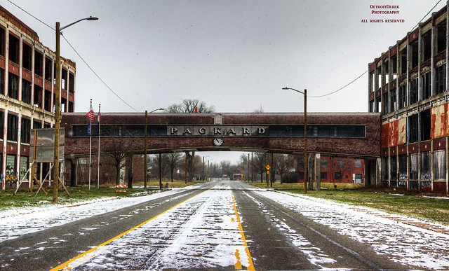 allrightsreserved 313 detroit motown packard automotive industrial ruin icon automobile car factory plant produce production closed decay urban urbandecay dilapidated blight bleak sign bridge street hdr 3exp albertkahn 1957 1907 2017 canon 5d mkii digital detroitderek motorcity midwest usa america michigan weathered crusty abandoned hufe stripped bare faded