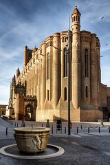 Albi la Cathédrale #explore (Fabien Georget (fg photographe)) Tags: albi tarn ayezloeil bateau beautiful beautifulearth bigfave canoneos600d canon cloudsstromssunsetandsunrise dflick earth elitephotographie elitephotography elmundopormontera eos espagne fabiengeorget fabien espana fgphotographe flickr flickrdepot flickrunited georget geotagged flickunited longexposure landscape longue mordudephoto nature paysages paysage perfectphotograph perfectpictures wondersofnature wonders water supershot supershotaward sunrise theworldthroughmyeyes sky shot pose poselongue photography photo great phographers greatphotographer french touch cathédrale monument unesco architecture cathedrale sudouest pigeon