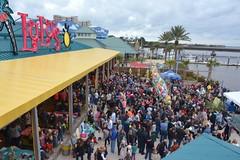 LuLu's Noon Year's Eve Beach Ball Drop 2016-1