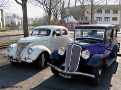 Renault Monaquatre et Matford V8 (fangio678) Tags: classic cars french francaise 04 05 voiture renault collection coche oldtimer v8 ancienne youngtimer 2015 rassemblement voituresanciennes meinau monaquatre matford retrorencard