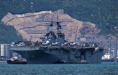USS Essex LHD-2 at anchor in Victoria Harbour, Hong Kong (Jaws300) Tags: hk port us call ship harbour navy super victoria assault hong kong anchor essex usn uss hkg stallion osprey amphibious harrier seahawk ch53 av8b mv22 mh60 lhd2 waspclass