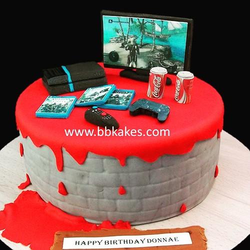 Awesome Creed Assassin Theme Gamer Cake By Bbkakes Cake Gamer Gamercake Funny Birthday Cards Online Inifodamsfinfo