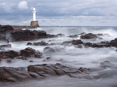 lighthouse (davidnofish) Tags: uk sea lighthouse water port scotland rocks surf aberdeenshire harbour olympus aberdeen breakwater em1 1240mm