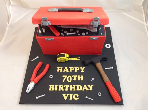 open toolbox cake 2