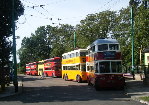 Line of trolleybuses, led by Portsmouth 313, registration ERV 938.