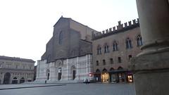 San Petronio, Piazza Maggiore, Bologna (jimj_123) Tags: sanpetronio piazzamaggiore bologna