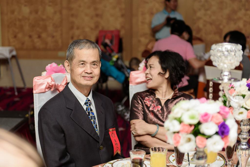 Wedding day-0080 ,僑園婚攝,台中僑園,僑園婚宴,新秘Alice ,婚攝小勇,台北婚攝, 小淑造型團隊
