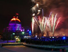 Panasonic FZ1000, Fireworks, Vieux-Port, Montréal, 7 January 2017 (15) (proacguy1) Tags: panasonicfz1000 fireworks vieuxport montréal 7january2017