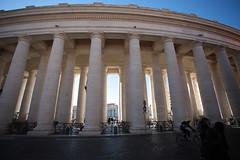 San Pietro: il colonnato (falco di luna) Tags: roma rome insolita colonnato