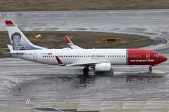 Norwegian Boeing 737-8JP LN-NGD (c/n 39049) Ivo Caprino-logo. (Manfred Saitz) Tags: vienna airport schwechat vie loww flughafen wien norwegian boeing 737800 738 b738 lnngd lnreg ivo caprino