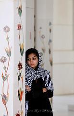 Perdu dans ses rêves - Abu Dhabi (jmboyer) Tags: eau0344 ©jmboyer imagesgoogle photoyahoo photogéo lonely gettyimages picture travel voyage emirats emiratsarabesunis géo yahoo nationalgeographie canon6d photos eau