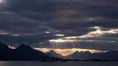 Northern Norway (Rune Lind) Tags: ocean sun mountains norway landscape norge natur midnight ms northern lofoten nordnorge midnattsol nordland steigen salten vakker hamary sjkurs nrksommer sommerbten