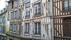 Troyes 26 July 2015 049 (paul_appleyard) Tags: france building troyes july turenne halftimbered crumbling colombages 2015
