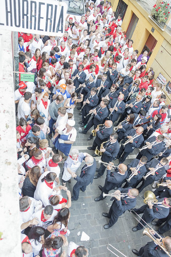 """SAN FERMIN 2015 14 • <a style=""""font-size:0.8em;"""" href=""""http://www.flickr.com/photos/39020941@N05/19505561000/"""" target=""""_blank"""">View on Flickr</a>"""