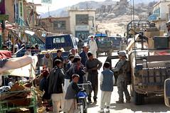 070405-A-6656Q-034 (kaymagicalplace) Tags: afghanistan convoy ghazni combinedjointtaskforce82 jaghuridistrict