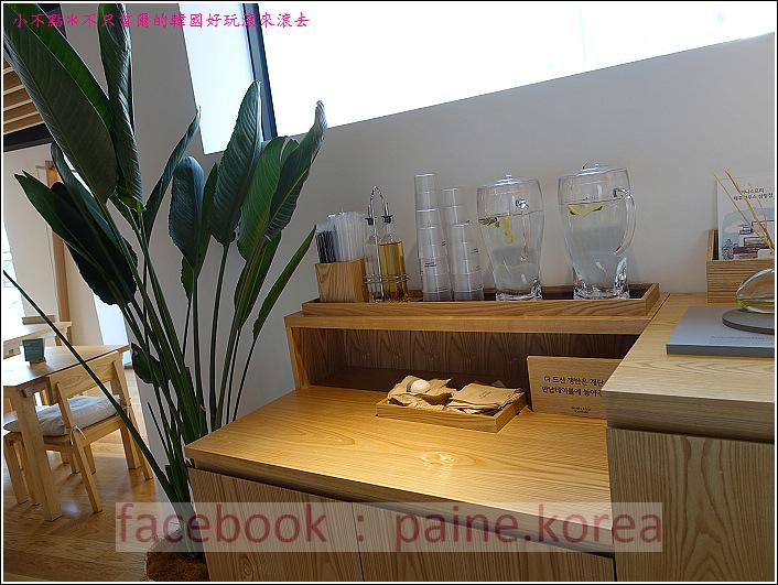 三清洞innisfree jeju house cafe (9).JPG