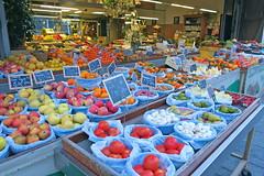Couleurs de Dijon (nov.-dec. 2016) (godran25) Tags: dijon france bourgogne burgundy couleurs colors fruits légumes vegetables commerce shop alimentation
