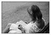 Le livre (Franco & Lia) Tags: street photographiederue fotografiadistrada paris parigi parcmonceau france francia biancoenero noiretblanc blackandwhite 2485f284