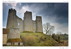 Bourbon l'Archambault [Allier] (BerColly) Tags: sky france castle clouds google flickr ciel chateau nuages allier auvergne bercolly