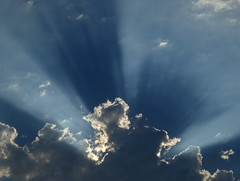 Soir de juin - June Evening (blafond) Tags: cloud silverlining niage