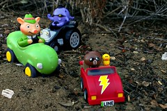 Off Roading (John 3000) Tags: bear friends brown cars nature car race toys pig sand offroad lososos line sally dirt octopus elfinforest pickle app juguetes richardscarry busytown mrfrumble
